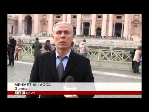 Pope John Paul II gunman Agca lays flowers on tomb