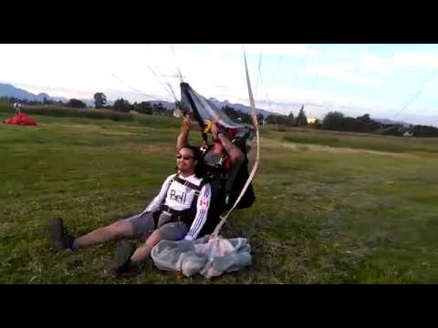 Vancouver Skydive (Pitt Meadows) tandem landing