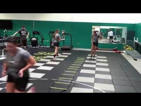 strength training for volleyball players Below is a sample volleyball training program designed to enhance an individual's strength and muscular endurance the volleyball training routine is designed to be performed for 4 to 6 consecutive weeks.