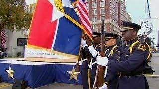 США: в Далласе открыли памятник Джону Кеннеди