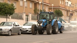 Agricultores desinfectan de forma voluntaria las calles de Mérida