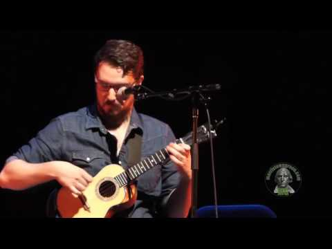 James Hill plays 'Kashmir' on uke