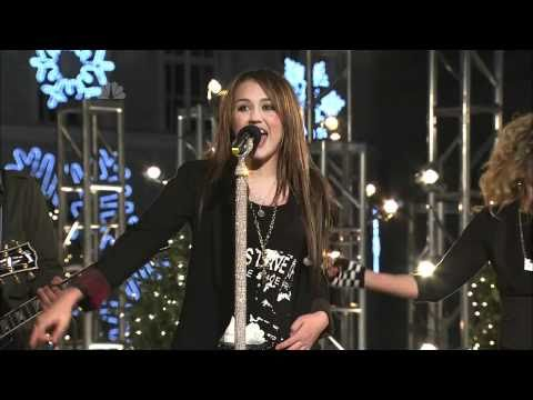 Rockin Around the Christmas Tree  Miley Cyrus  Rockefeller Tree Lighting 2008 HD