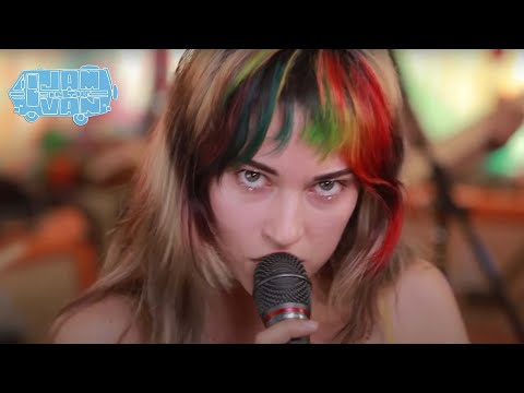 "LAUREN RUTH WARD - ""Sideways"" (Live At JITV HQ In Los Angeles, CA 2018) #JAMINTHEVAN"