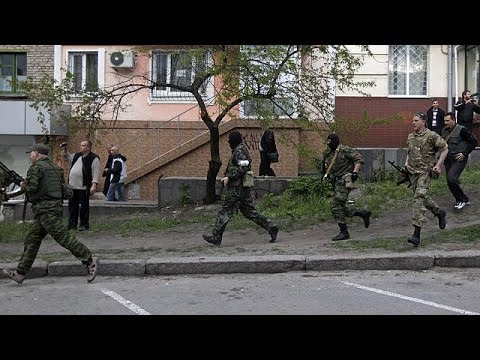Ukraine: government buildings seized in Luhansk
