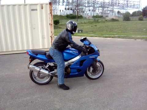 2008 Kawasaki ZZR 600 - YouTube