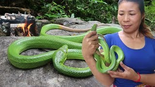Find and meet green snake for food in the jungle  Cooking snake recipe eat delicious #71