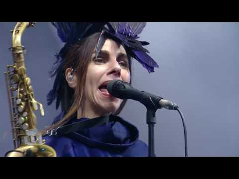 PJ Harvey -The Ministry of Social Affairs [Live]
