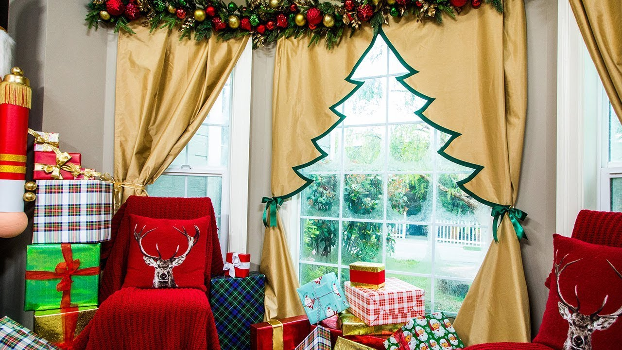 diy christmas curtains pine cone window decor cheap diy christmas decorations with diy. Black Bedroom Furniture Sets. Home Design Ideas