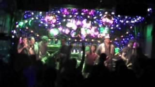 Soul Radics Live in Prague : Conquerer - Little Bitch