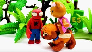Superheroes Help Rescue Cat | Superhero Play Doh Cartoons & Stop Motion Movie