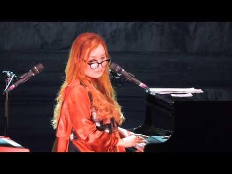 Tori Amos live-'Marianne'- teatro arcimboldi MILANO 17.9.2017