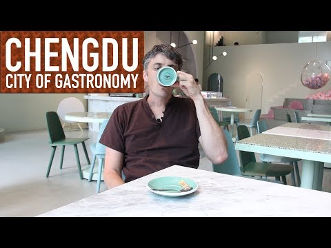 sad-jelly-noodles-(&-wes-anderson-cafe)-//-chengdu:-city-of-gastronomy-41