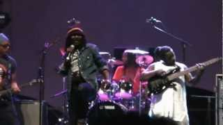 Alpha Blondy-Rasta Bourgeois(Live in La Reunion) Oct 07th 12