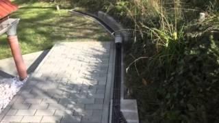 Erster kurzer Streckenabschnitt der Gartenbahn ist fertig!
