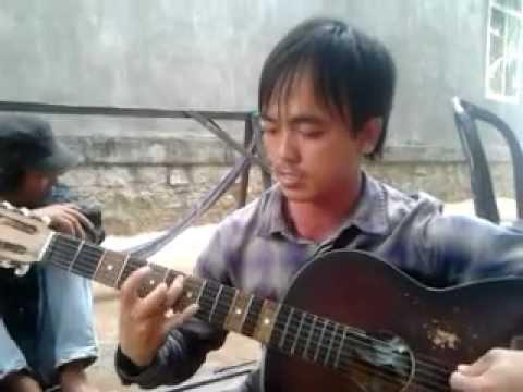 Co hang xom guitar @ cay nha la vuon