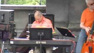 Video Don Rice and Bobby Jones Trio 4 download MP3, 3GP, MP4, WEBM, AVI, FLV Agustus 2018