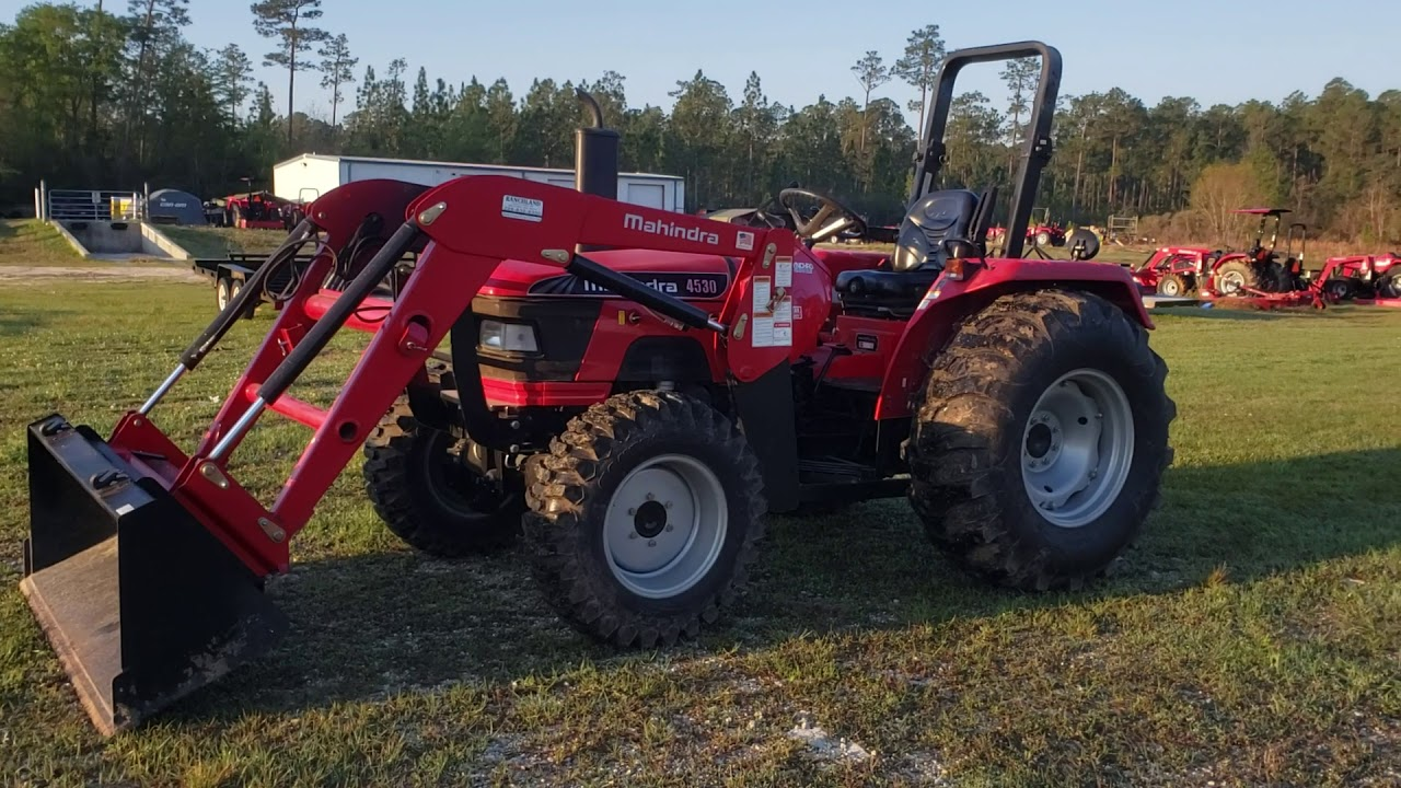 2015 Mahindra 4530 4wd with Loader