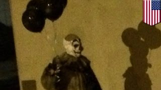 Creepy clown with black balloons spotted roaming Green Bay, Wisconsin at night - TomoNews