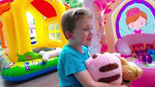 Eli gifts Inflatable Playhouses for Gecko and his New Friends