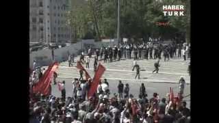 taksim gezi parkı olayları  polisler böyle çekildi 1 haziran 2013