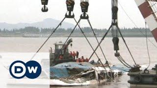 انتشال سفينة الركاب الغارقة في الصين | الجورنال