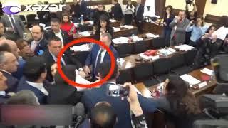 Ermənistan parlamentində biabırçılıq