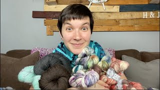 The Cozy Cottage Crochet Podcast Episode 80: Yarntopia!