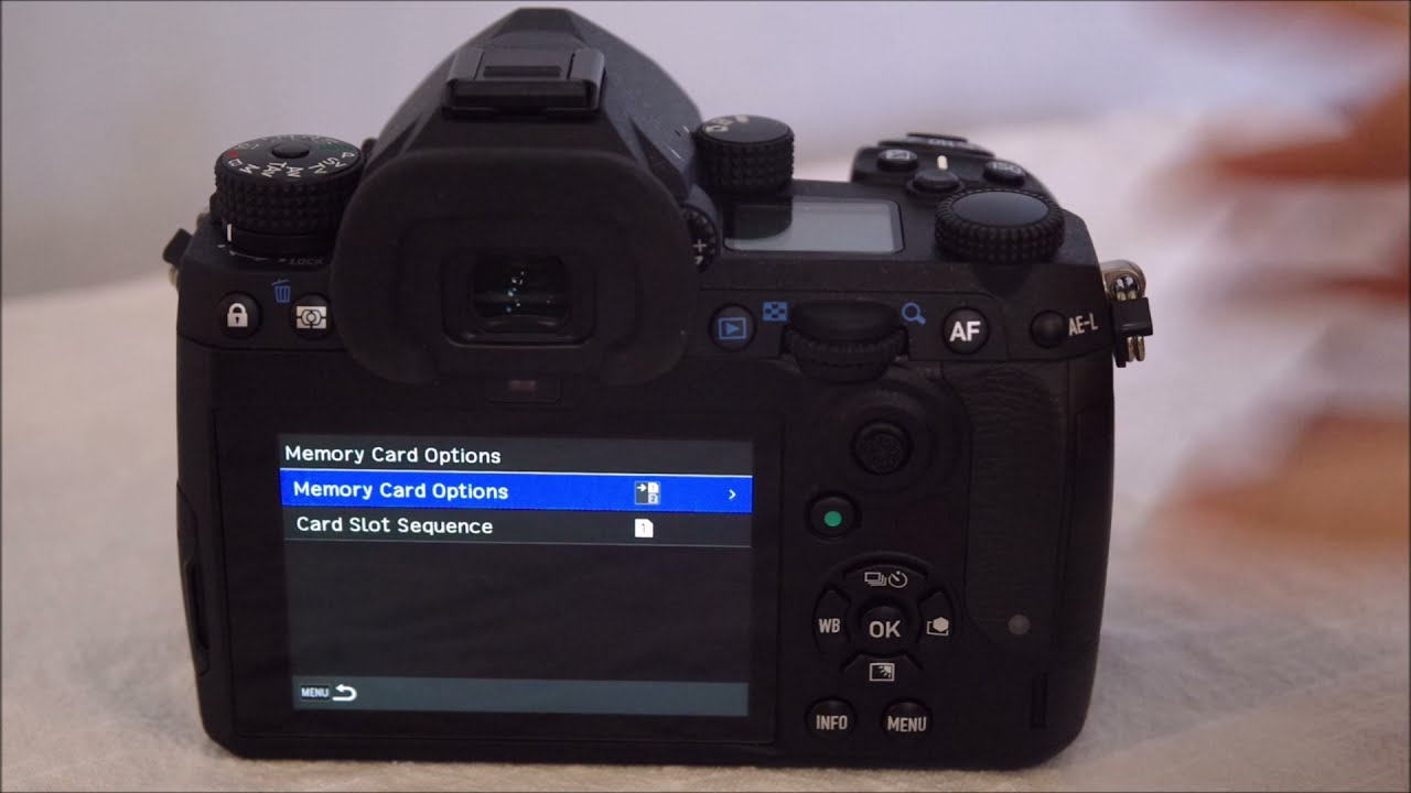How to switch between SD card slots on the Pentax K-3 Mark III