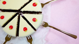 Strawberry Sponge Cake Pops いちごショートケーキに横からフォークを刺したらKawaiiというだけの動画です thumbnail