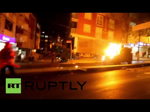 Molotov cocktails, clashes between protesters and police in Turkey