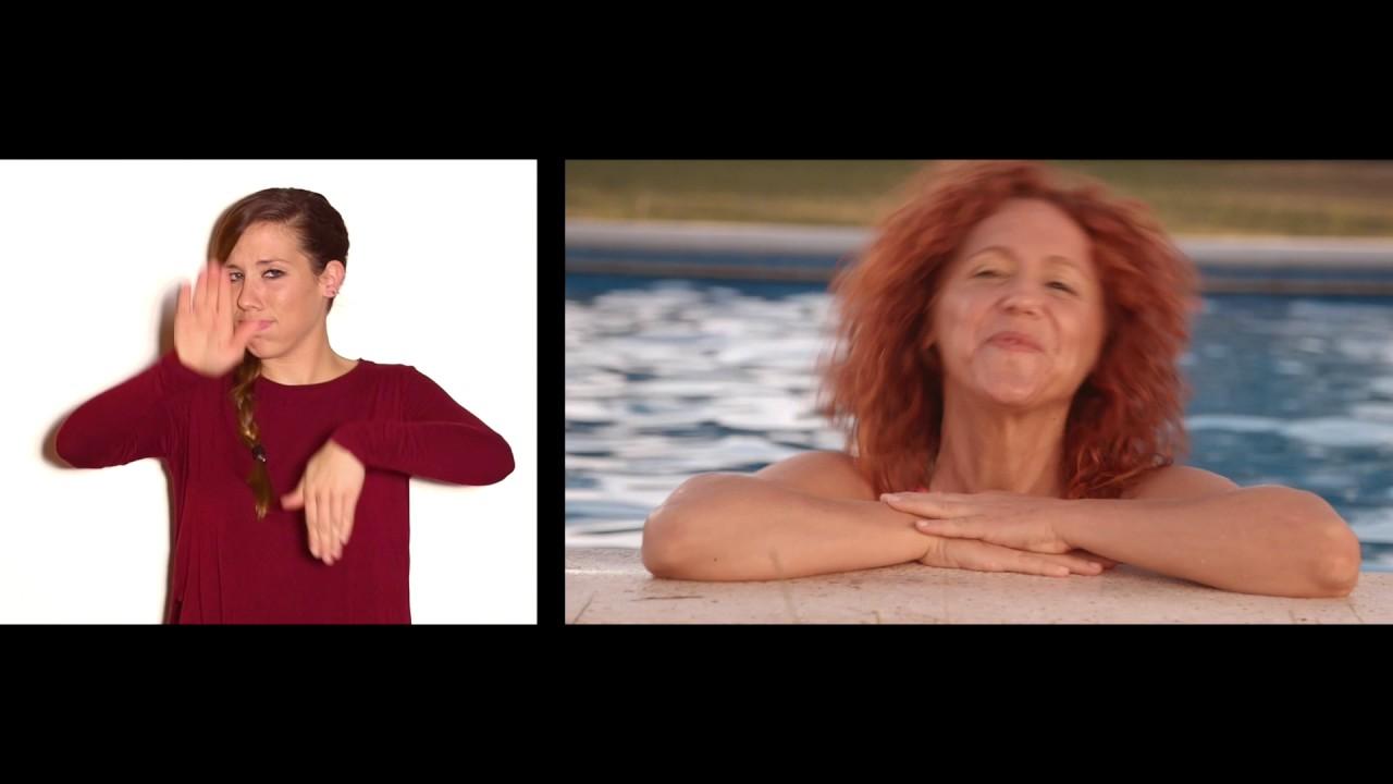 d maris gelabert anem a la piscina en llengua de signes