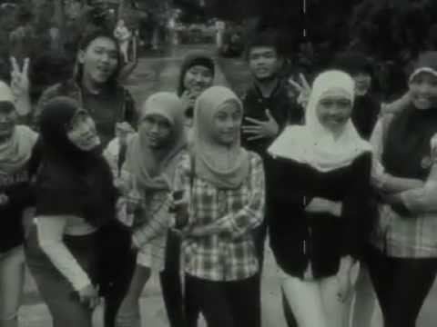 The Great SMAN 1 Lemahabang - Cover By Gita Gutawa (sahabat kecilku)