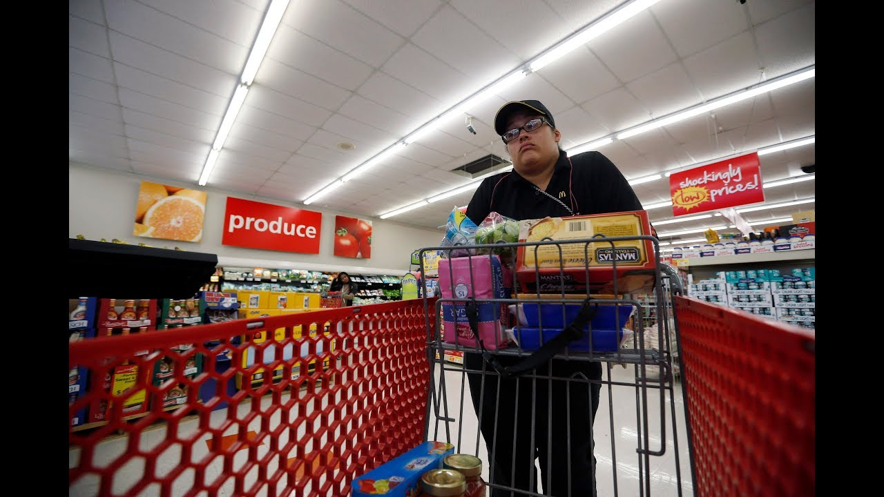 Why many stores can't accept food stamps during the shutdown