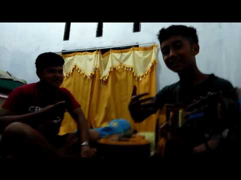 Cover song the panas dalam band seekor babi