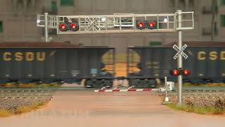 鉄道模型 踏切。 世界で最も長い列車。