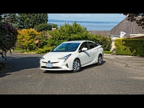 2016 Toyota Prius Car Review