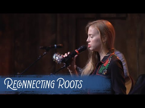 """Firekid And Mandy McCauley - """"My Rifle, My Pony And Me""""   Reconnecting Roots Live 2019"""