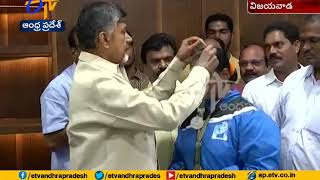 CM Chandrababu congratulate Anusha | Gets 4 Bronzes in World Powerlifting Juniors Championship