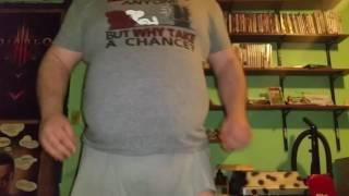 3xl belly in a 2xl shirt