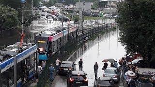 видео А просто летний дождь прошёл…