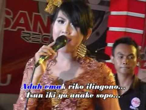 Suliana -  Emak Kuwalon (Official Music Video)