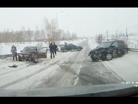russian car crash compilation january 24 01 2016 youtube. Black Bedroom Furniture Sets. Home Design Ideas