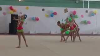 Групповое выступление гимнасток(Групповое выступление гимнасток на традиционном открытом чемпионате в Звездном городке