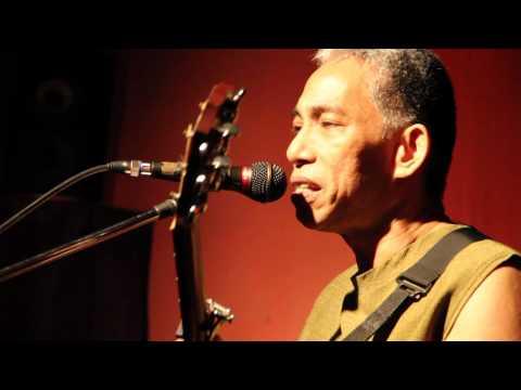 Sa Ugoy ng Duyan / Joey Ayala