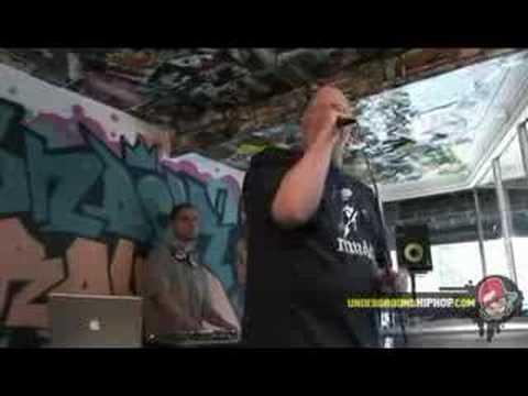 Brother Ali - 'Uncle Sam Goddamn (Live At UGHH.com - 5/2/07)