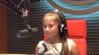 11-летняя девочка поет Lady Gaga(Ксения Батурина из группы