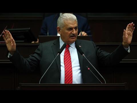Başbakan Yıldırım: 'Evet' deyince ülke bölünecek olsa önce Kandil koşa koşa 'evet' der