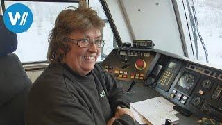 Die stärkste Lokomotive der Welt (14.700 PS) wird von einer Frau gefahren