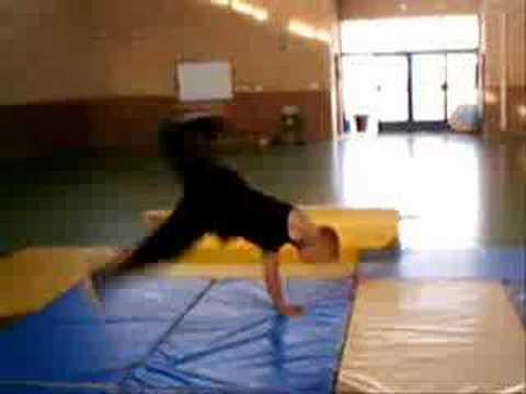 Bboy Sasha Stunts break dance acrobatic